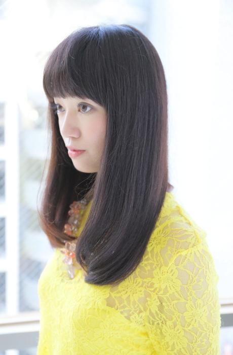 スーパーナチュラル髪質改善ストレートで魅せるロングスタイル写真