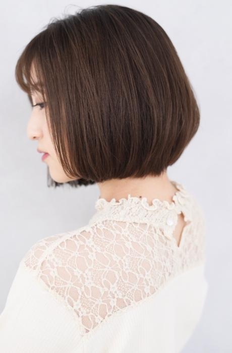 20代30代40代の髪型でオススメ☆誰でもスタイリング簡単大人かわいいグラデーション ショートボブ