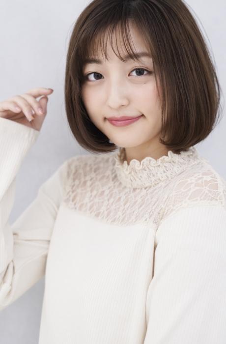 20代30代40代の髪型でオススメ☆誰でもスタイリング簡単大人かわいいグラデーション ショートボブ写真